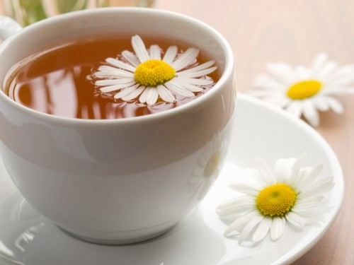 Food_Drinks_Chamomile_tea_028999_